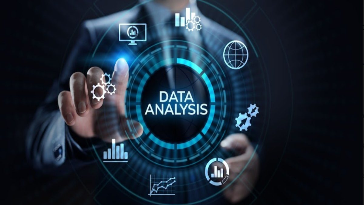 4 Ways To Use Data Analytics To Build Your Brand